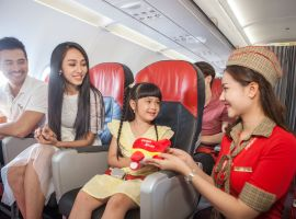 Trẻ em đi máy bay Vietjet cần giấy tờ gì
