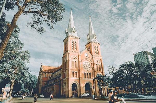 Khí hậu Sài Gòn chỉ có hai mùa là mùa nắng và mùa mưa